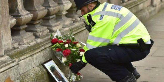 Detenidos tras el ataque de Londres cinco hombres y tres mujeres que preparaban más atentados