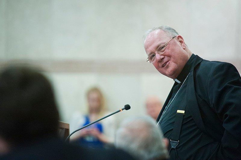 El cardenal Dolan pide un préstamo para compensar a las víctimas de abusos en Nueva York
