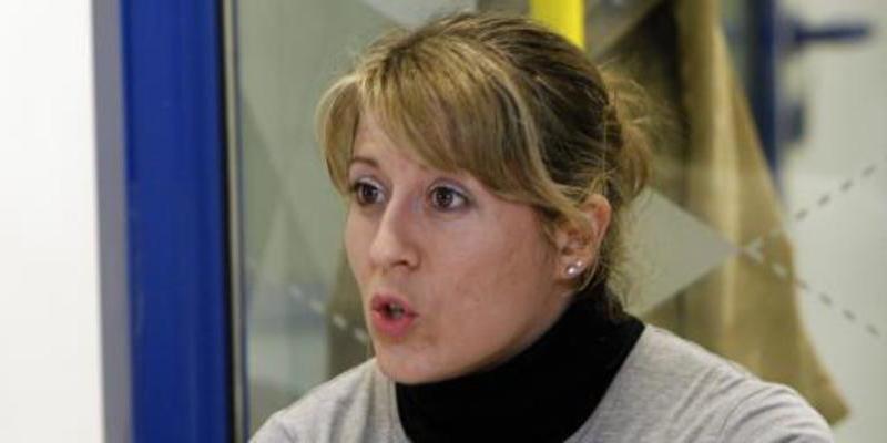 """La líder de Podemos Galicia 'tuitea' que los """"señores del PP"""" asesinan mujeres"""