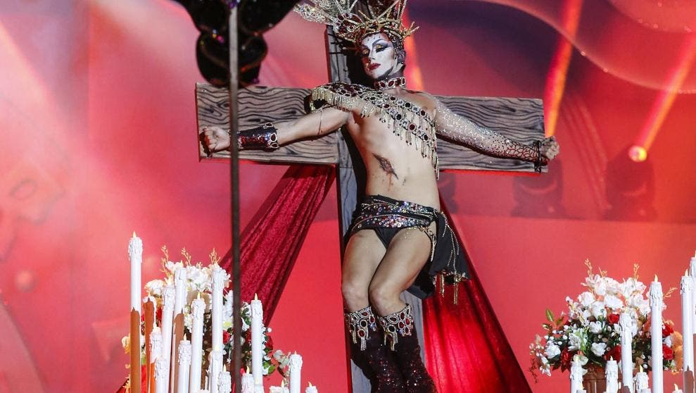 """Asenjo tilda de """"bochornoso y repugnante"""" la Virgen Drag de Canarias"""