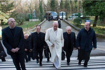 Ejercicios Espirituales para el Papa y la Curia Romana