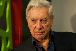 Vargas Llosa le mete un varapalo de Nobel a Podemos: