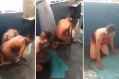"""El sucio vídeo de los presos mexicanos con tanga fregando a cuatro patas: """"¡Perritas!"""", """"¡noviecitas!"""""""