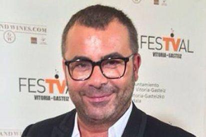 'Sálvame Deluxe': A Jorge Javier Vázquez le huele el culo a pólvora