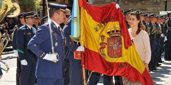 """El Parlamento balear pide a Defensa eliminar la jura de bandera civil: """"Genera división social"""""""