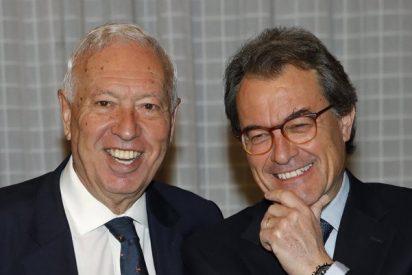 Los ex Margallo y Mas debaten cara a cara en Ateneo de Madrid: bastantes reproches y algunas risas