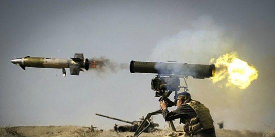 [VÍDEO] Los dos caguetas del ISIS a quienes un misil dirigido destroza el culo