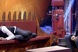 Monedero, como Pedro por su casa en TVE: acaba repanchingado en el sofá que pagan todos los españoles con sus impuestos