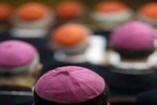 L'Osservatore Romano recuerda que existe un proceso para la destitución de obispos negligentes