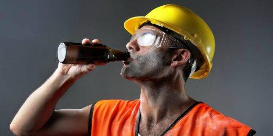 Ir a trabajar borracho perdido o drogado hasta las cejas no será causa de despido en Colombia