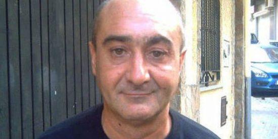 El profesor podemita que se mofó de la muerte de Víctor Barrio se 'caga' ante el juez