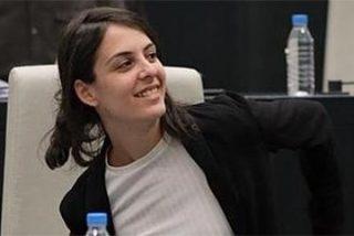 La jeta de la 'asalta capillas' monta un cirio en Podemos pispándole una donación