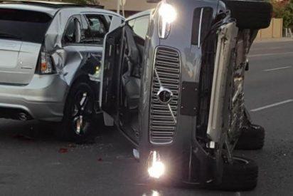 Aparatoso choque de un coche de Uber en Arizona