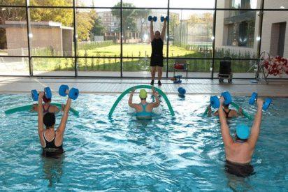 Científicos demuestran que casi todo el mundo hace pis en las piscinas