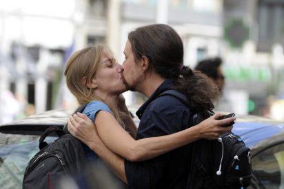 Cuando Tania Sánchez se disfrazaba de 'caperucita' para poner cachondo al 'lobo' Pablo Iglesias