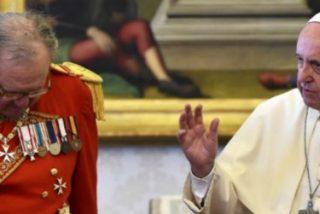 Matthew Festing desobedece una vez más al Papa y se presenta en Roma