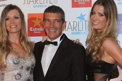 ¿Es capaz Antonio Banderas de saber con cuál de las gemelas Kimpel se lo hace?