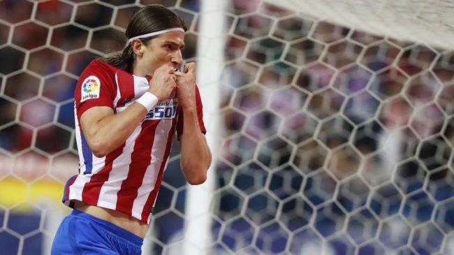 Filipe Luis se metamorfosea en delantero goleador: Atlético de Madrid 1 - Real Sociedad 0