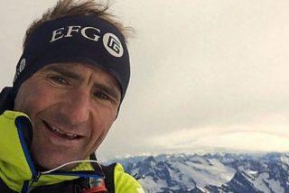 Muere en el Everest el alpinista Ueli Steck, 'La Máquina Suiza'