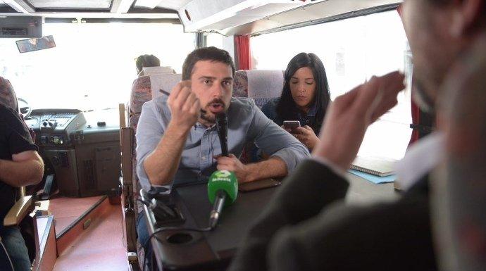 La patada en el culo a Ramón Espinar por subirse al 'tramabús' y pasarse tres pueblos