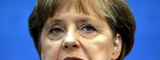 El refugiado salido viola a una chica alemana y obliga a mirar al novio