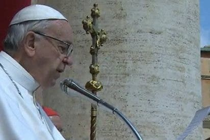 """El Papa pide a los líderes mundiales """"el valor de evitar que se propaguen los conflictos y de acabar con el tráfico de armas"""""""