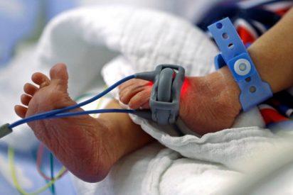 Las dos matronas que apagaron la alarma que avisaba de que el bebé a su cuidado se moría