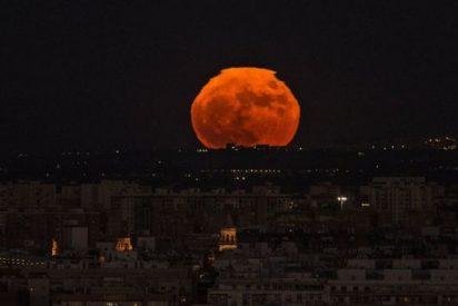 ¿Qué es la Luna llena rosa?