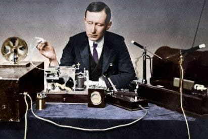 La extraña relación entre Marconi y Mussolini