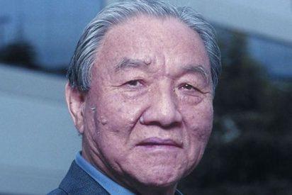Muere Ikutaro Kakehashi, fundador de Roland y verdadero 'padre' de la música electrónica