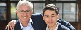 Chico de 16 años inventó un código que puede salvar a quienes sufran un infarto