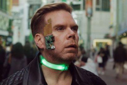 Así es la vida de Chris Dancy, el primer 'cyborg' de la historia