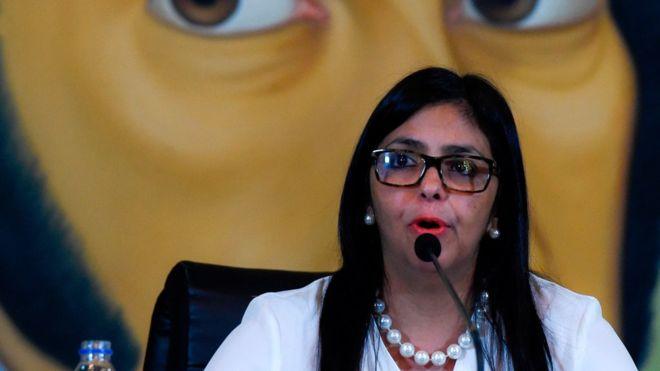 Venezuela inicia un vergonzoso proceso para salir por patas de la OEA