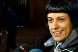 La nueva mamarrachada de las CUP de la 'chica Rexona': fumigar el castellano
