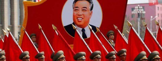 [VÍDEO] El disparatado desfile militar de Corea del Norte con su misil ICBM ¡que podría estallar en Estados Unidos!