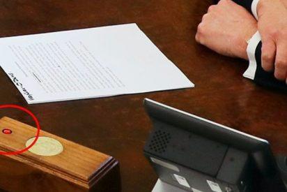 Donald Trump tiene un botón de emergencia en su escritorio... pero no es para lo que supones