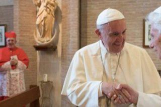 Gaenswein vuelve a desmentir la existencia de presiones para la renuncia de Benedicto XVI
