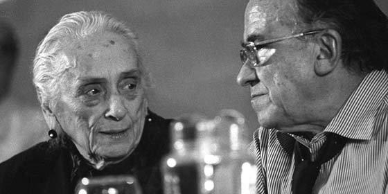 "Arturo Pérez-Reverte: ""Carrillo y la Pasionaria ayudaron a Stalin a asesinar españoles"""