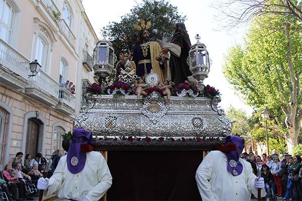 Cofradías de España piden respeto en las procesiones