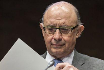 Cristobal Montoro: Las pensiones, el desempleo y los intereses de la deuda 'se comen' 5,5 de cada diez euros