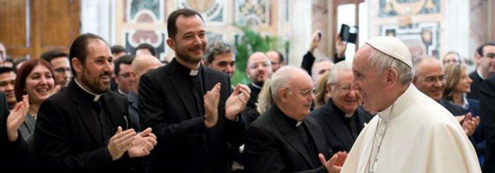 """Francisco, a los obispos españoles: """"Por favor, huyan del carrerismo eclesiástico, es una peste"""""""