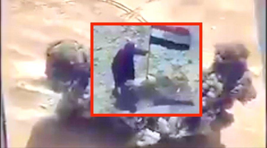 Así despedazan al merluzo de ISIS por morder el anzuelo en mitad del desierto iraquí