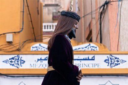 El Cristo de Medinaceli cumple la tradición de liberar a un preso