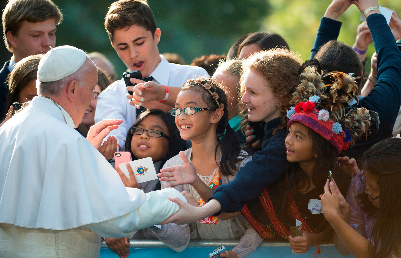 Francisco coloca a miembros de la Comisión Antipederastia en puestos clave de la Curia vaticana