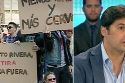 Fran Rivera pide disculpas a los antitaurinos por llamarles 'cochinos' pero les exige respeto