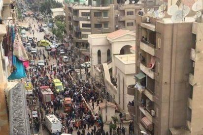 Una bomba en una iglesia copta de Egipto deja al menos 21 muertos