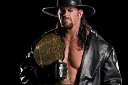 'WWE': 'El Enterrador' se jubila tras 27 años dando leña