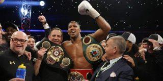 Joshua se proclama campeón del mundo de los pesados tras derrotar por K.O. a Klitschko
