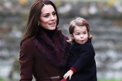 Kate Middelton y Guillermo, acusados de explotar la imagen de su hija Charlotte