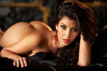¿Te atreves a echar un vistazo al enorme trasero de Kim Kardashian sin Photoshop?